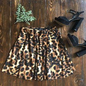 ZARA Leopard Mini Skirt - Elastic Waist - Medium